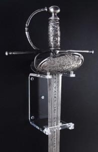 Soportes metacrilato para espadas y sables